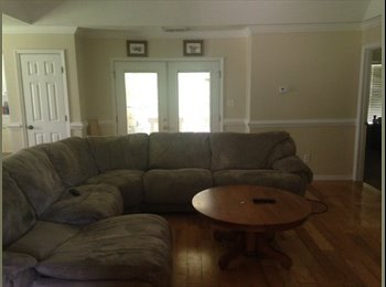 EasyRoommate US - 3 Bedroom 3 Bath Home Within Walking Distance to FSU Campus and Doak Campbel - Tallahassee, Tallahassee - $575 pcm