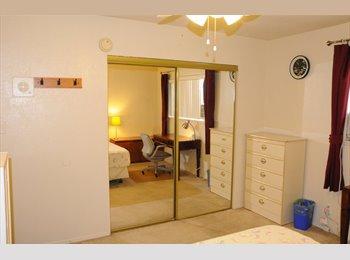 Northridge Room for Rent near CSUN