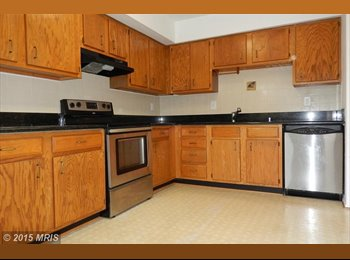 EasyRoommate US - Master Bedroom available for rent near UMBC $600 - Western, Baltimore - $600 pcm