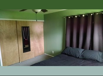 EasyRoommate US - Looking for a female roommate - Clinton/Harrison Twnsp/Fraser, Detroit Area - $600 pcm