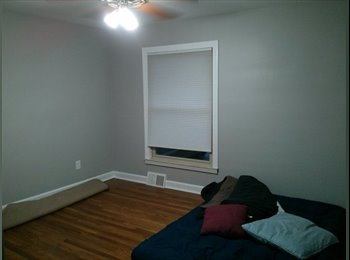 EasyRoommate US - Bedroom for Rent - Dearborn/Dearborn Heights, Detroit Area - $500 pcm