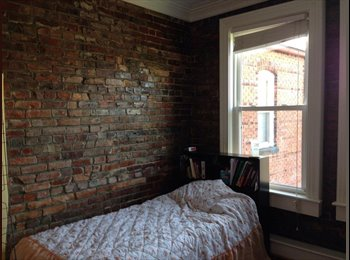 Room open in Ghent apartment