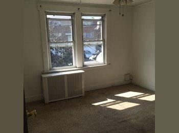 EasyRoommate US - Renting room in Cliffside Park - Fort Lee, North Jersey - $630 pcm