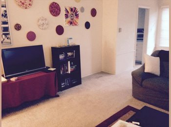 EasyRoommate US - Shared room in a cute house, 5-10 min from CSULB - Long Beach, Los Angeles - $575 pcm
