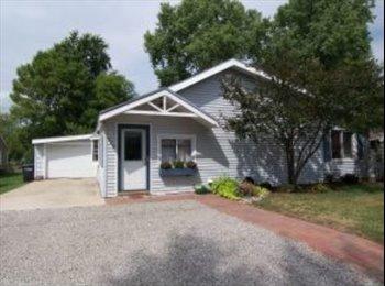 EasyRoommate US - Fully furnished and Beautiful home! - Oshkosh, Oshkosh - $700 pcm
