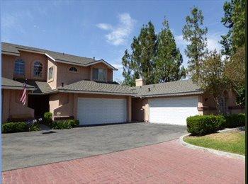 Nice house, 800  room rent in Santa Clarita !
