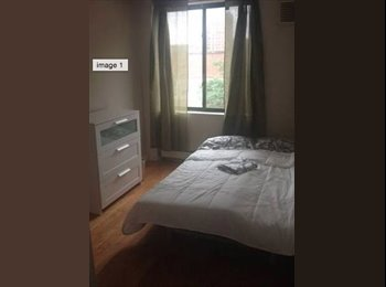 NICE DOUBLE ROOM AVAILABLE - AUGUST 1ST