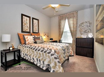 EasyRoommate US - Campus Circle sublease for $650 obo - Panama City, Tallahassee - $650 pcm