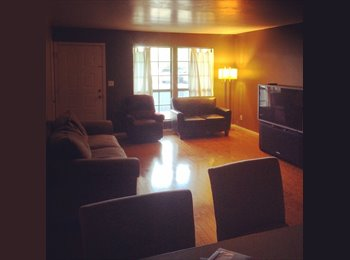 EasyRoommate US - a condo by the pool - Chandler, Phoenix - $650 /mo
