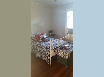 EasyRoommate US - Cheap college apartment - Providence, Greater Providence - $400 pcm