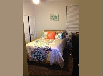 EasyRoommate US - 400 Meeting Street Apartment Sublease - Charleston, Charleston Area - $955 pcm