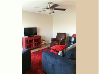 2 Rooms Available in Tempe House