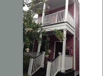 EasyRoommate US - Spacious Master Bedroom Offered in Two Bed, 1.5 Bath House Downtown - Charleston, Charleston Area - $1,000 /mo