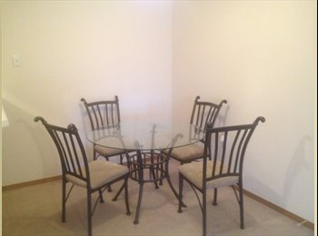 EasyRoommate US - Bright room with a shared balcony  - Springfield, Springfield - $250 pcm