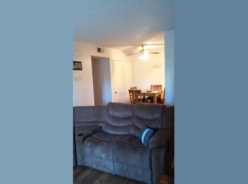 $500 Room available NOW w/ private bathroom (Murrieta Hot...