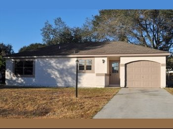 EasyRoommate US - CUTE 2/2 Home w/Garage  - Ocala, Other-Florida - $450 pcm