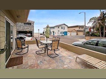 EasyRoommate US - Single Room, One Step Away From The Beach - Newport Beach, Orange County - $1,000 pcm