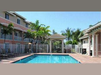 EasyRoommate US - $700 NICE, BIG AND PRIVATE ROOM IN GATED COMMUNITY (Available SEPT 1st) - Boynton Beach, Ft Lauderdale Area - $700 pcm