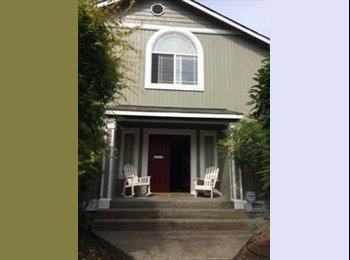 EasyRoommate US - Walk to UW-Female-Professional - Wallingford, Seattle - $750 pcm