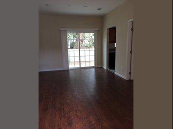 EasyRoommate US - rooms by CSUN - Northridge, Los Angeles - $700 pcm