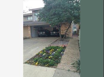 EasyRoommate US - Seeking Roommate - Close to Addison, Park, Gym, Pool - Carrollton, Dallas - $600 pcm
