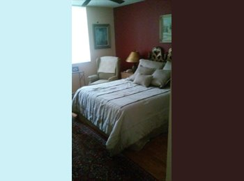 EasyRoommate US - Share a two bedroom apartment - Boynton Beach, Ft Lauderdale Area - $700 pcm