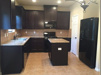 EasyRoommate US - Roommate Wanted in NE Houston - Cloverleaf / Channelview, Houston - $700 pcm