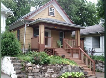 EasyRoommate US - 1 1/2 blocks from KUMed - Midtown-Westport, Kansas City - $550 /mo