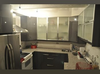 EasyRoommate US - 1br/1bath avail South of Fifth - South Beach, Miami - $950 /mo