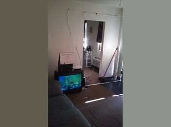 Room for rent wifi cable utilities included