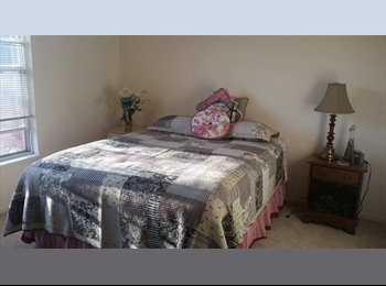 EasyRoommate US - Furnished Room on Madison's Very East side with your own bathroom - Madison, Madison - $500 /mo