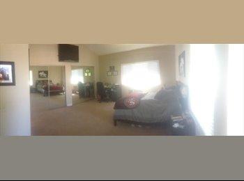 EasyRoommate US - Room for rent in townhouse in Newbury Park - Newbury Park, Ventura - Santa Barbara - $1,000 /mo