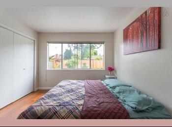 EasyRoommate US - Furnished Single Room in an Upscale Neighborhood in Santa Clara - Santa Clara, San Jose Area - $1,300 /mo