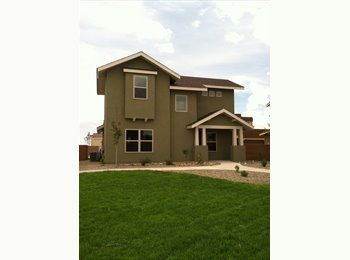 EasyRoommate US - Have room and bathroom available. - Southeast Quadrant, Albuquerque - $500 /mo