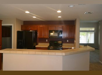 EasyRoommate US - $550 5bedroom/3baths house in elk grove ca  - Elk Grove, Sacramento Area - $550 /mo