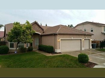 EasyRoommate US - Gorgeous Home in Clovis  - Mayfair, Fresno - $500 /mo