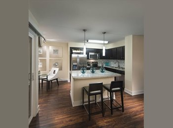 EasyRoommate US - Roommate wanted - Private Bedroom - Private Bathroom - Costa Mesa, Orange County - $750 /mo