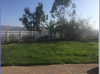EasyRoommate US - Room for rent :) - Corona, Southeast California - $600 /mo