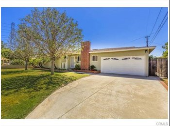 EasyRoommate US - Room for Rent - West Anaheim, Anaheim - $650 /mo