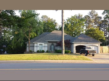 EasyRoommate US - ROOM AVAILABLE IN CLEAN, NICE, UPSCALE AREA WLR - Pulaskia, Little Rock - $750 /mo