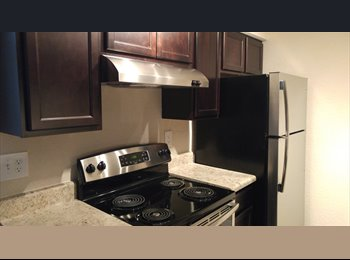EasyRoommate US - Rommate Needed - Palm Beach Gardens, Ft Lauderdale Area - $700 /mo