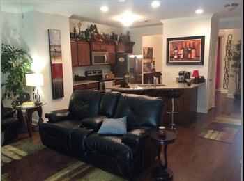 EasyRoommate US - Large master and private bath 800 mo. Inc. utilities  - Dickson-SW Nashville, Nashville Area - $800 /mo