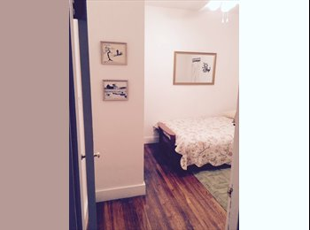 Room in gorgeous and spacious 3-bed near Davis Square
