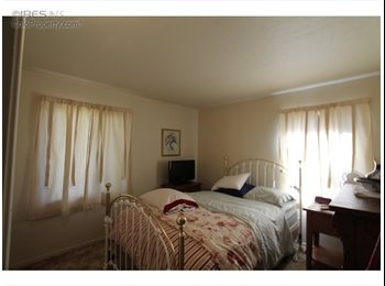 Great,sweet Roomates in Longmont looking for 1 person Great...