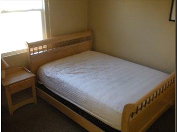 EasyRoommate US - $750 Room in HUGE San Elijo/San Marcos/Carlsbad (San Elijo Hills/Carlsbad/San Marcos) - San Marcos, San Diego - $750 /mo