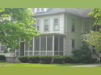 EasyRoommate US - Hosuemate Opening in very nice well located antique Victorian in Dover NH - Dover, Other-New Hampshire - $525 /mo