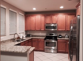 EasyRoommate US - Female roommate wanted to share large townhouse  - West Palm Beach, Ft Lauderdale Area - $1,200 /mo
