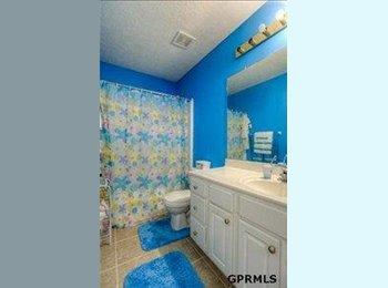 Rooms Available Millard / Omaha