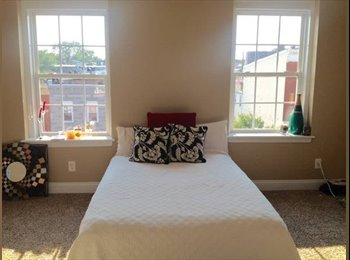EasyRoommate US -  $625 Room for rent in a Beautiful 4 BR townhouse on Patterson Park Ave - Central, Baltimore - $625 /mo