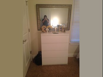 EasyRoommate US - Sublease in Gainesville, FL at the Estates at Sorority Row! - Gainesville, Gainesville - $770 /mo
